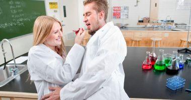 Analiza chimică a femeii