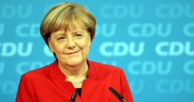 Angela Merkel intenţionează  să rămână cancelar pentru încă  patru ani