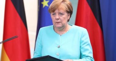 Angela Merkel îndeamnă Europa să rămână unită în faţa tensiunilor cu Turcia