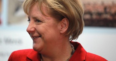 Angela Merkel, acuzată că nu acţionează în manieră europeană