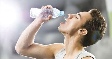 Organismul are nevoie de lichide pentru a curăţa rinichii