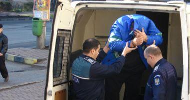 Autorii furtului a 500.000 de lei din maşina unui om de afaceri au fost reţinuţi