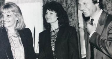 Arhiva de Aur Cuget Liber. Traian Băsescu, în 1994, la costum şi cu mult păr