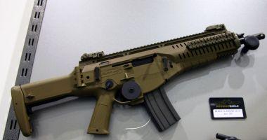 Foto : Arma de asalt Berretta va fi produsă la Plopeni