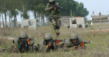 Militarii, poliţiştii şi profesorii, din nou păcăliţi! Salariile vin după Paşti