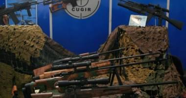 România a primit comenzi de arme cât pentru trei ani