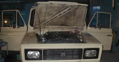 Am cumpărat un ARO 240. Unde îl pot recarosa? Să schimb motorul cu unul de Braşov?