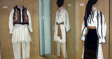 """Muzeul de Artă Populară - o """"fereastră deschisă"""" spre lumea satului autohton tradiţional"""