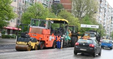 Restricţii de circulaţie pe strada Soveja. Se asfaltează!