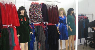 Începe Târgul Naţional de Îmbrăcăminte și Încălţăminte TINIMTEX