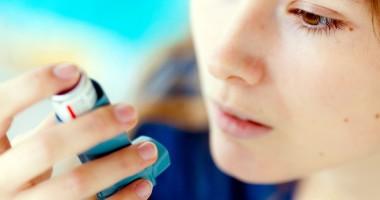 Astmul, o problemă tot mai frecventă în rândul copiilor