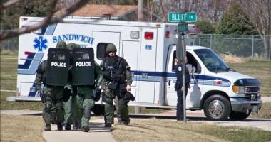 Atac armat în Illinois: Cinci persoane au murit