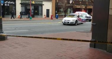 Împuşcături în apropierea unei staţii de metrou. Poliţia caută un bărbat de aproximativ 40 de ani