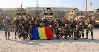 Ultima fotografie cu militarii români din Afganistan, înainte să fie răniți în atac