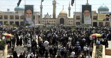Atentate la mausoleul ayatollahului Khomeini şi la parlamentul iranian