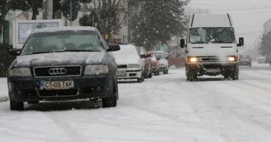Atenţie la drum! Vremea  se înrăutăţeşte