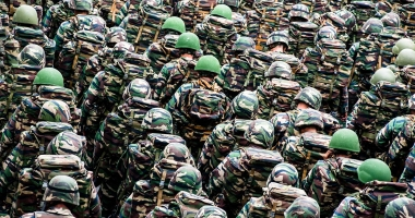 Militari români, americani şi britanici vor fi detaşaţi în nord-estul Poloniei