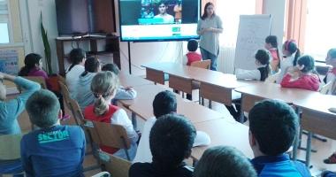 Elevii din Medgidia au sărbătorit sportul şi activitatea sportivă