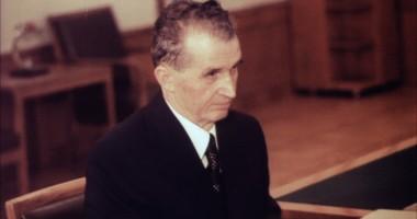 Nostalgicii l-au plâns pe Ceauşescu. Liderul comunist ar fi împlinit azi 95 de ani