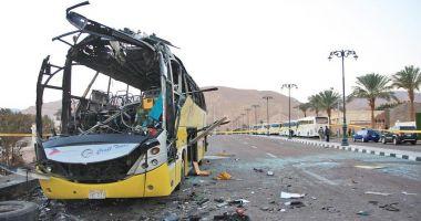 Egipt / 7 creștini copți, uciși după ce autobuzul în care se aflau a fost atacat de bărbați înarmați