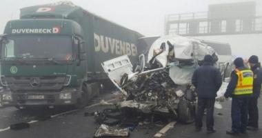 Accident grav în Germania cu un autocar cu români: 9 persoane rănite