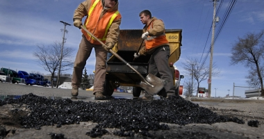 Autostrada Soarelui şi mai multe drumuri din Constanţa intră în reparaţii