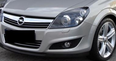 Opel Astra cu ITP fals, descoperit în PTF Negru Vodă