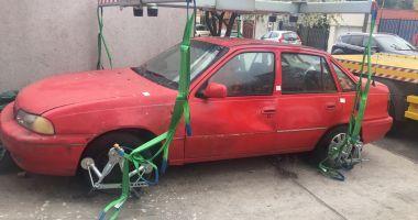 Autovehiculele abandonate, ridicate de Poliţia Locală Constanţa