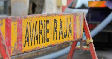 AVARIE RAJA. Se lucrează pe strada București