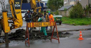 Atenţie, constănţeni! Trafic blocat pe strada Ion Lahovari. Se lucrează la conductele de apă