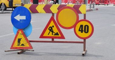 Atenție, constănțeni! Trafic blocat pe bulevardul Aurel Vlaicu. Se lucrează la o conductă de apă