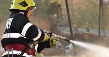 Avertismente  ale pompierilor,  după ce vremea  s-a stricat la malul mării