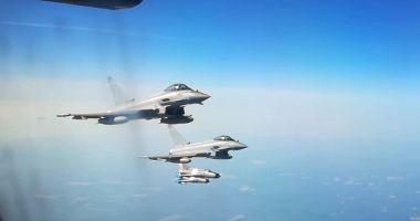 ALERTĂ LA MAREA NEAGRĂ: Şase bombardiere ruseşti, INTERCEPTATE de avioane de vânătoare britanice