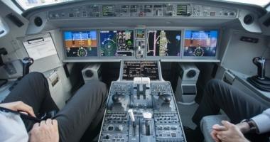 Pilot beat, arestat chiar înainte de decolare. Se pregătea de un zbor lung de 11 ore