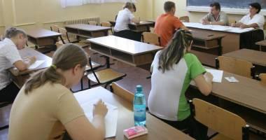 Ce subiecte au avut de rezolvat, la simularea la română, elevii de a XI-a