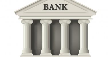 În funcţie de ce îşi aleg românii banca de la care se împrumută