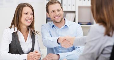 Gata cu cămătăreala legală! Reguli noi pentru contractele de credit ipotecar