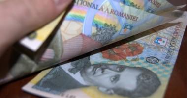 Cine e obligat să achite contribuţia la pensii