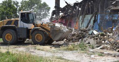 Barăcile ilegale din Mangalia, demolate