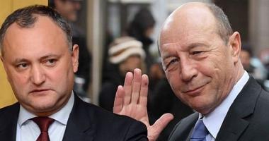 Igor Dodon i-a retras cetăţenia moldovenească lui Traian Băsescu