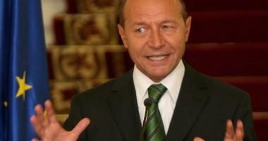 Băsescu respinge creşterea indemnizaţiilor pentru consiliile de administraţie