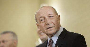 Băsescu îndeamnă electoratul moldovean să voteze liderii opoziției pro-europene