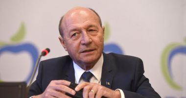 Traian Băsescu: PNL, USR şi PMP, nicio şansă la moţiunea de cenzură