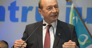 Băsescu acuză opoziția: