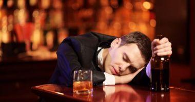 Studiu: Bărbații din România, cei mai mari consumatori de alcool din lume