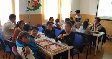 Biblioteca din Moşneni, la ceas aniversar