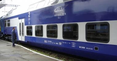 Cine poate beneficia de abonamente gratuite pe tren