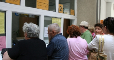 Pensionarii din Constanța se înghesuie să plece la tratament, la munte. În ce condiții se acordă biletele de odihnă