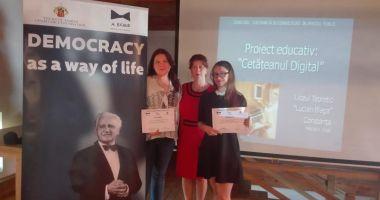 Două eleve constănţene au fost premiate la Turda