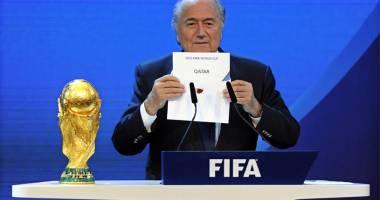 400 de oameni morţi! Preşedintele federaţiei germane l-a sunat pe Blatter pentru a-i cere să nu se mai dispute Campionatul Mondial din 2022 în Qatar